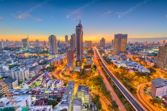 Bangkok, Thailand city skyline at dusk.