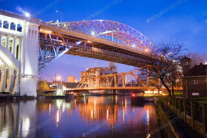 Detroit–Superior Bridge Cuyahoga River in Cleveland, Ohio