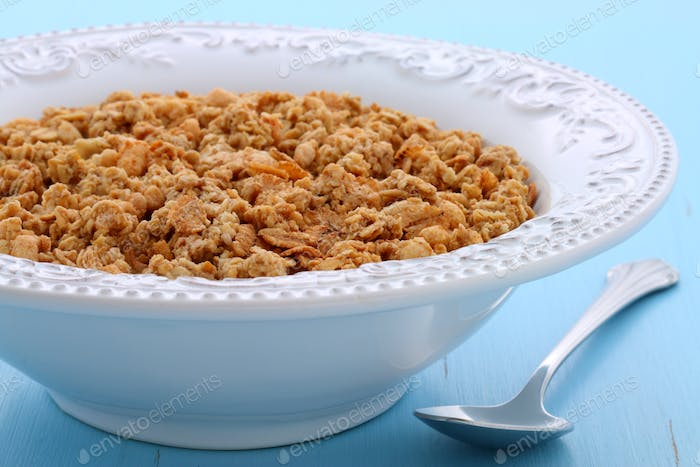 Delicious organic chunky granola cereal