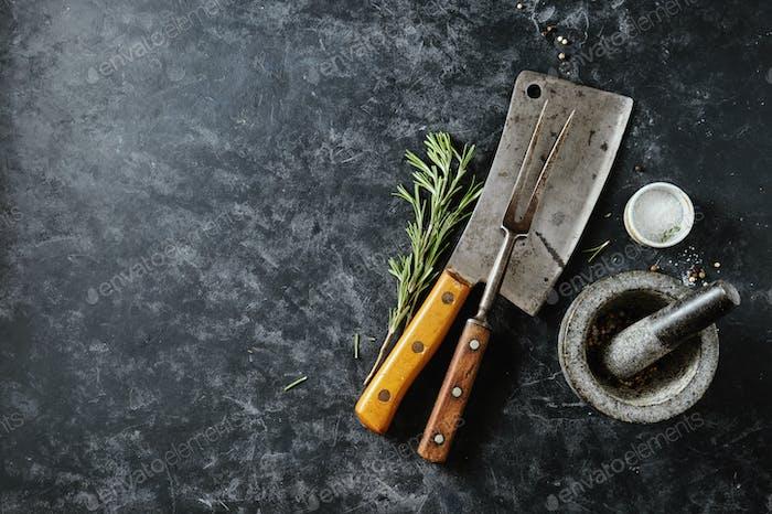 Vintage Fleischhackmesser und Gabel