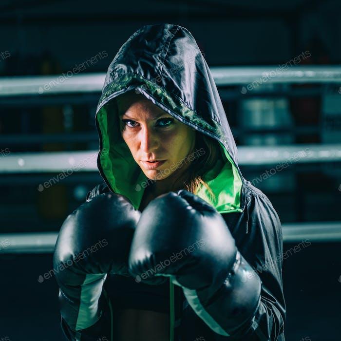 Porträt der weiblichen Boxer