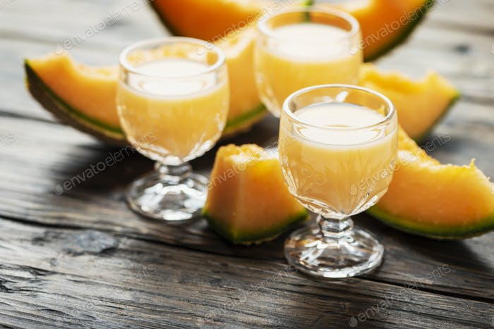 liquor with melon and cream