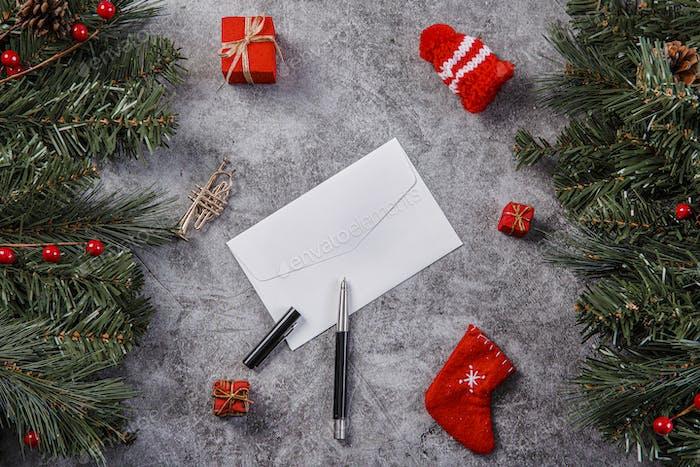 Frohe Weihnachten saisonale Konzept, Weihnachten verschiedene Dekorationen und Geschenk-Box-Elemente
