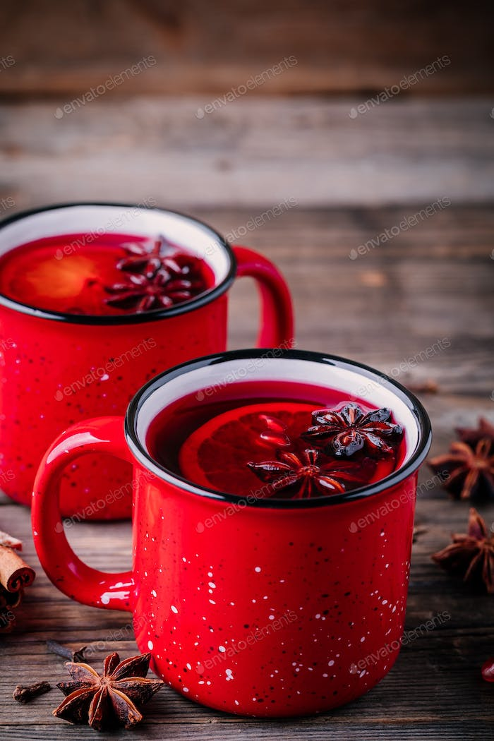 Spiced Pomegranate Apple Cider Mulled Wine Sangria