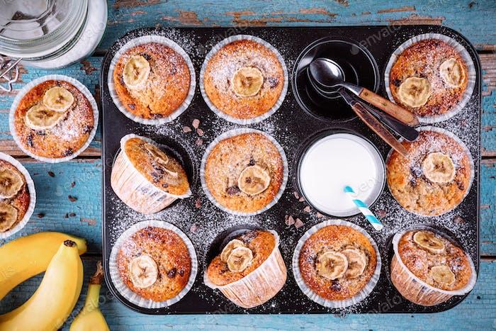 chocolate chips banana muffins