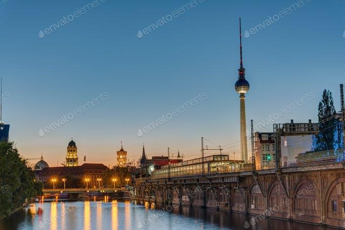 Twilight at the river Spree, Berlin