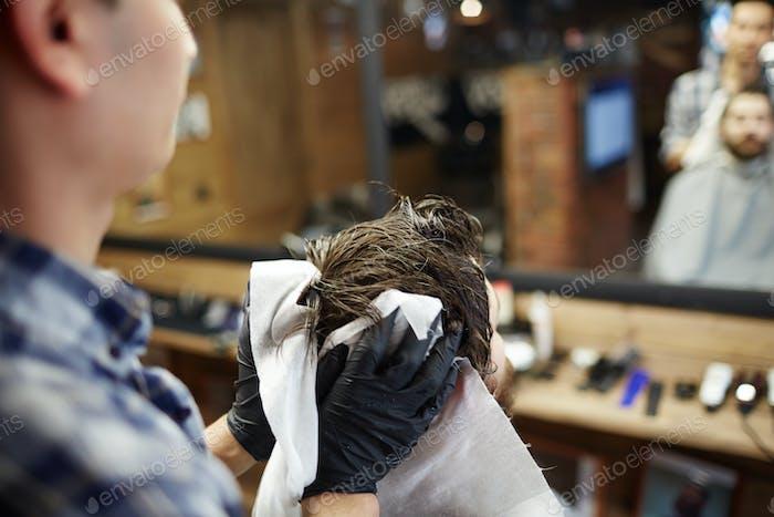Vorbereitung auf den Haarschnitt