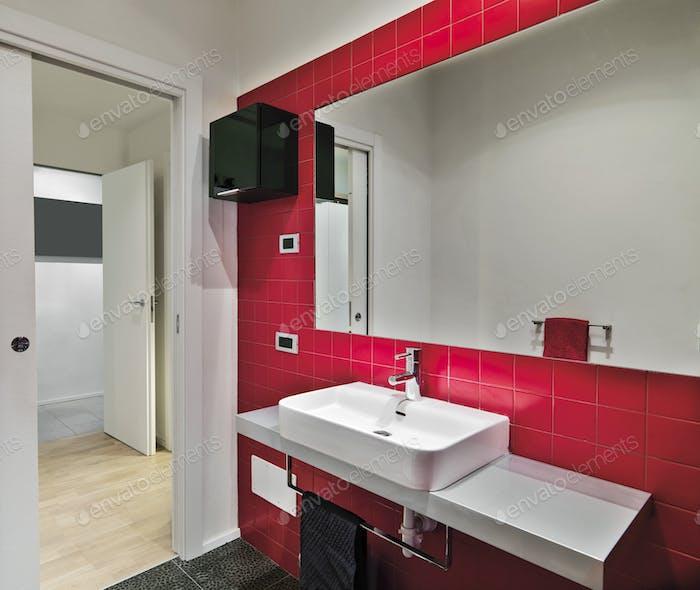 Interiores del baño moderno