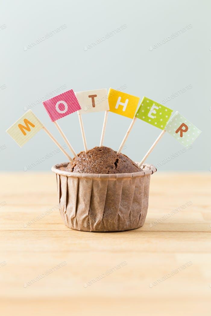 Flagge auf Muffin mit einem Wort Mutter
