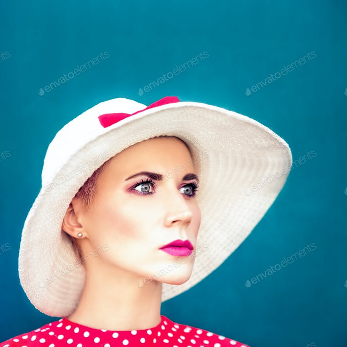 Fashion portrait of sensual retro girl