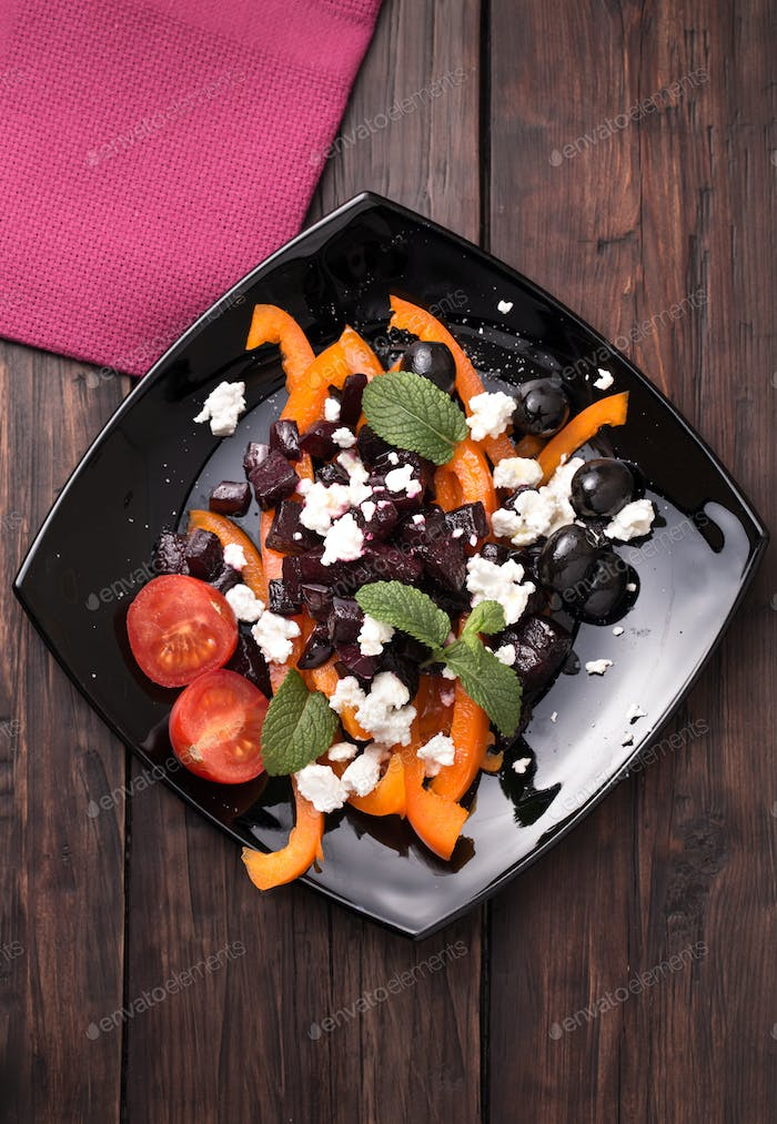 Beetroot salad with sweet pepper