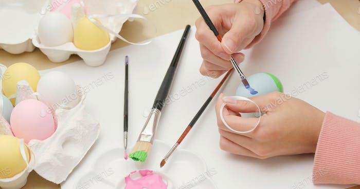 Osterferien mit Malerei Ei