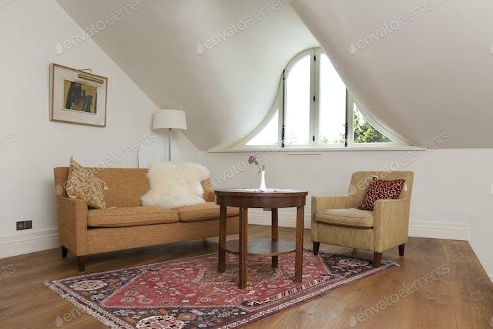 52568,Elegant Sitting Room
