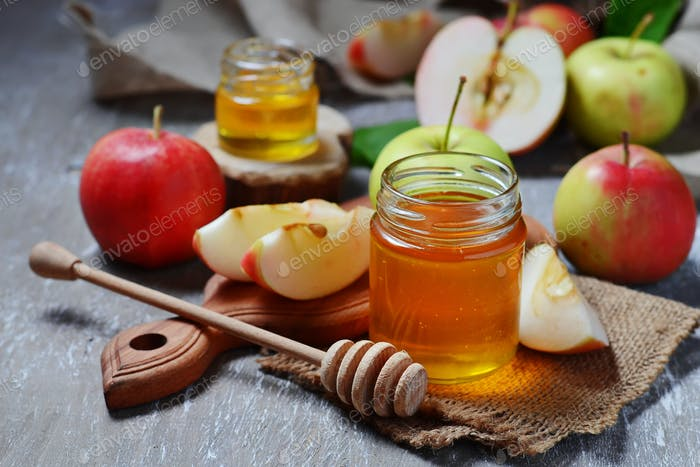 Honey with apple for Rosh Hashana, jewish New Year