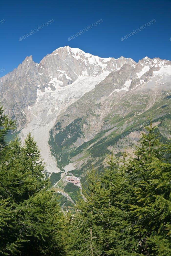 Mont Blanc - vertikale Zusammensetzung