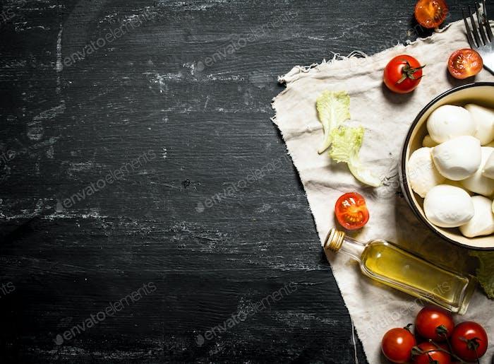 Mozzarella cheese, tomatoes,
