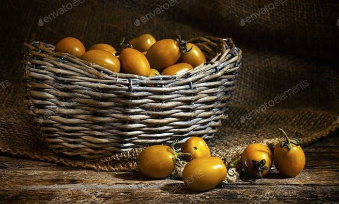 Datterteren tomates cherry.