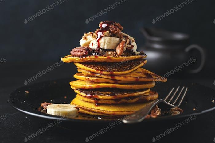 Pumpkin pancakes with caramel