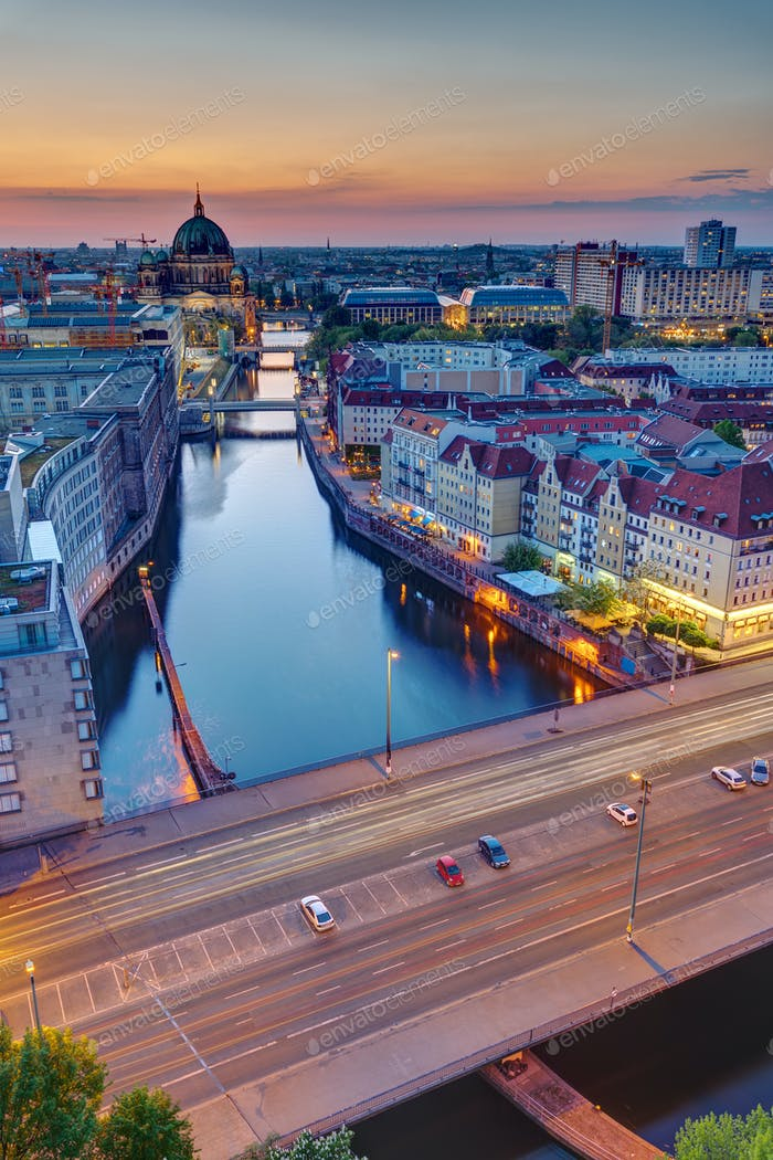 Sunset at the river Spree in Berlin