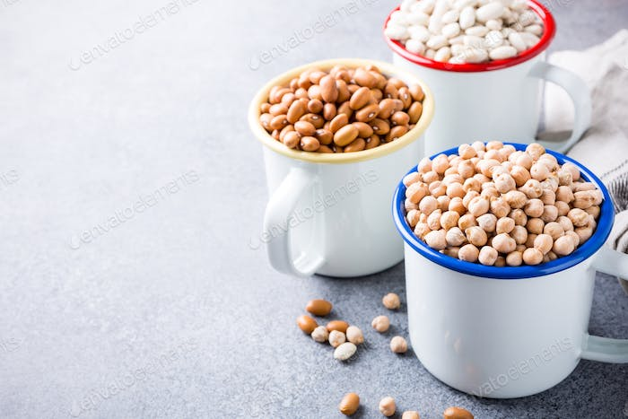Raw uncooked organic chickpeas