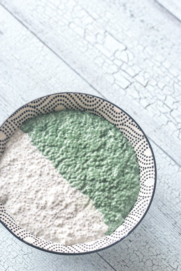 Bowl of blueberriesBowl of chia seed and spirulina pudding