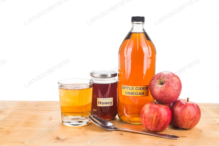 Apple cider vinegar with honey, natural remedies and cures for c