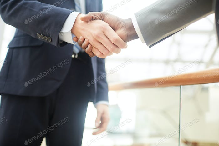 Concluding agreement with investor