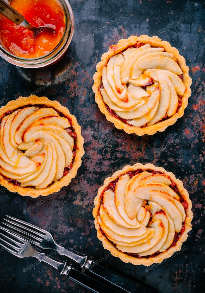 traditional pies apple tarts