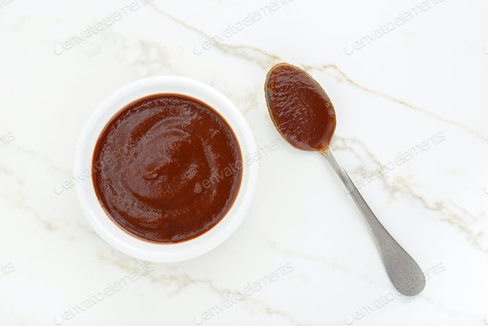 Ketchup sauce in a bowl