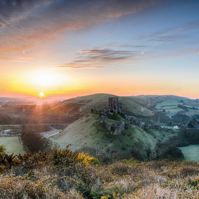 Sunrise at Corfe Castle