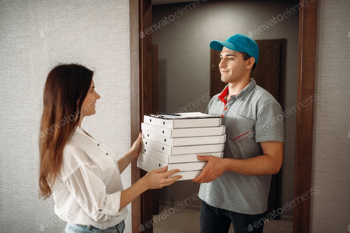 Customer takes order from pizza delivery boy