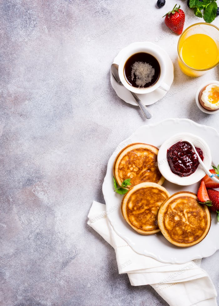 Verschiedene gesundes Frühstück