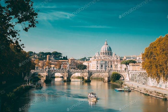 Rom, Italien. Päpstliche Basilika des Heiligen Petrus Im Vatikan. Sightse