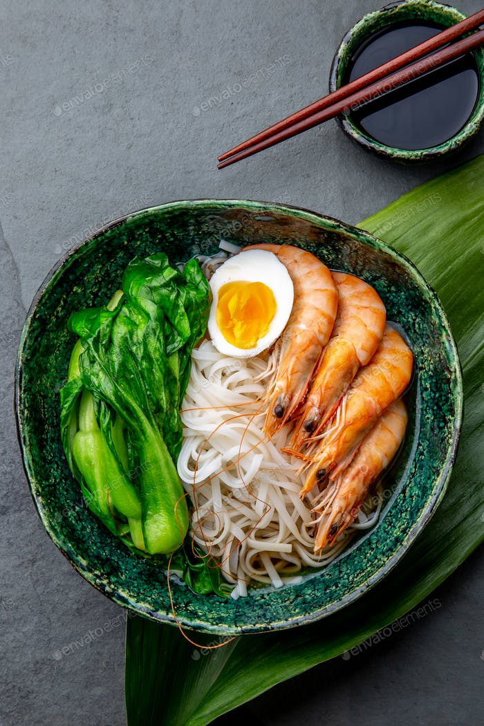 Asian Rice Noodles with Shrimps and Cabbage Poc Choy
