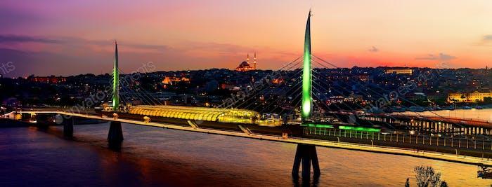 Goldene Hornbrücke