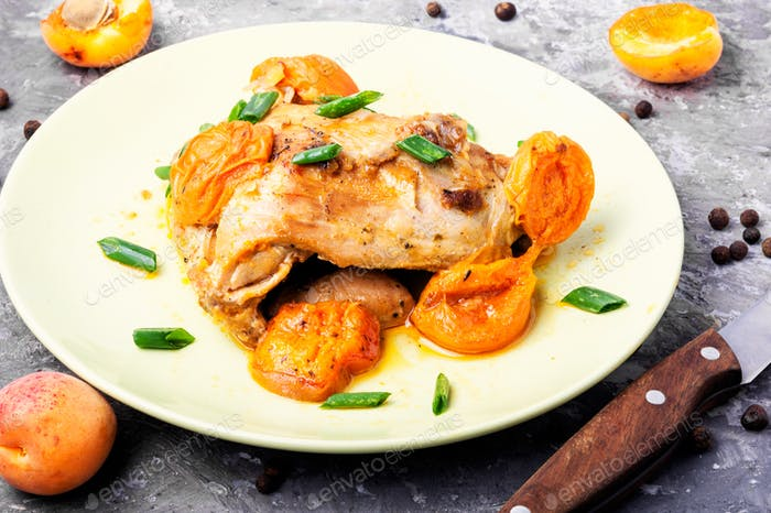 Chicken stewed in apricots