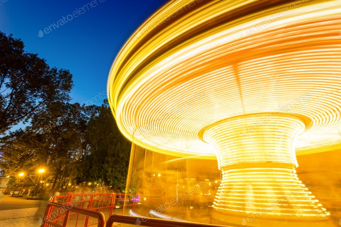 Merry-go-round light