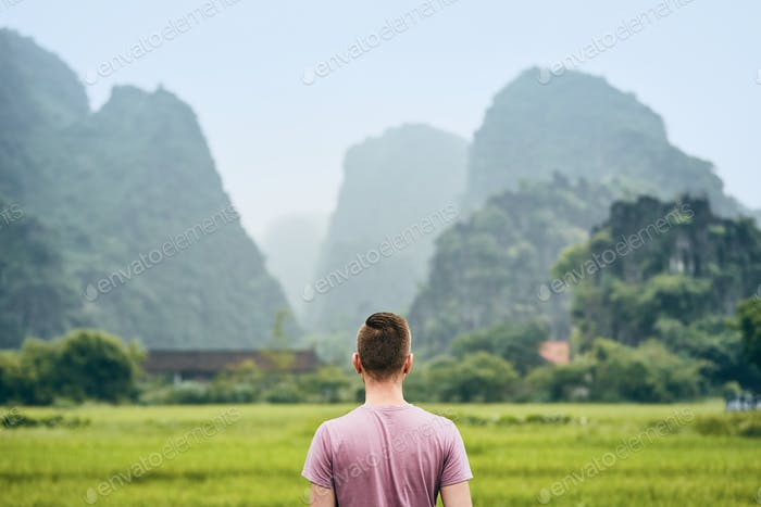 Traveler in Vietnam