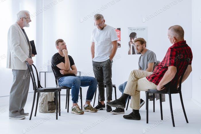 Männer auf Psychotherapie