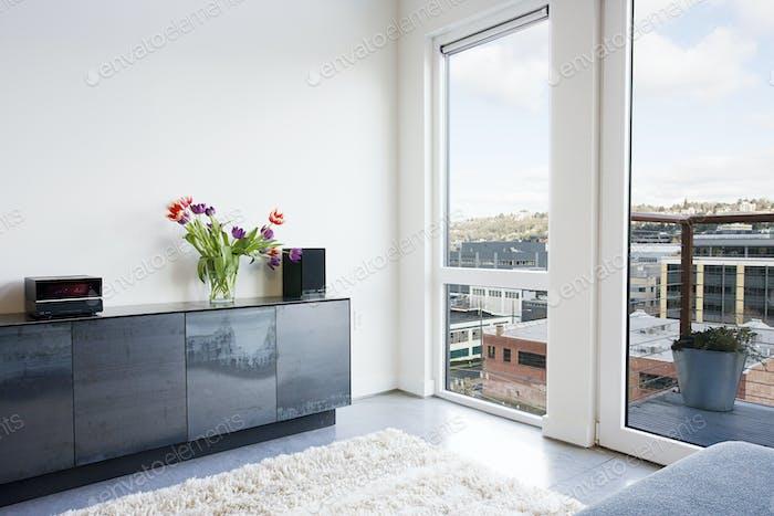 Open-plan apartment.