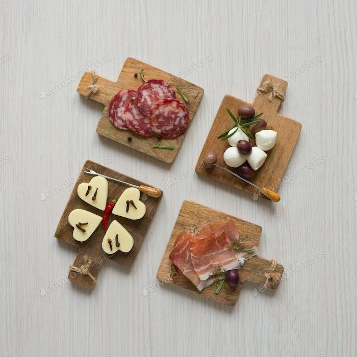 chopping board appetizer snacks