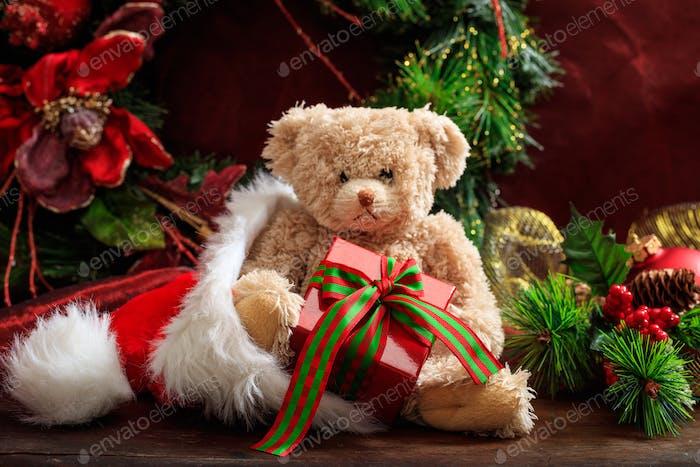 Weihnachtsdekoration, Teddybär und Geschenke