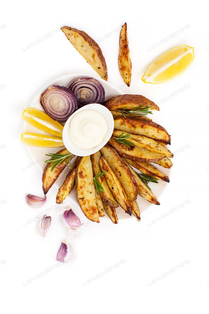 Baked potatoes and onion with rosemary, garlic and aioli sauce o