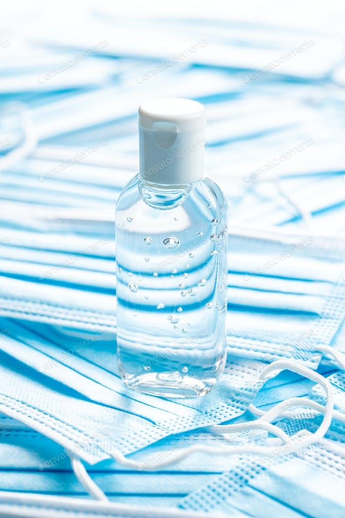 Antibakterielle Handgel und Gesichtsmasken Coronavirus-Schutz