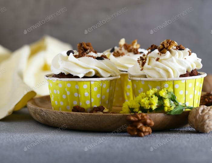 Cream Cupcakes with Walnuts