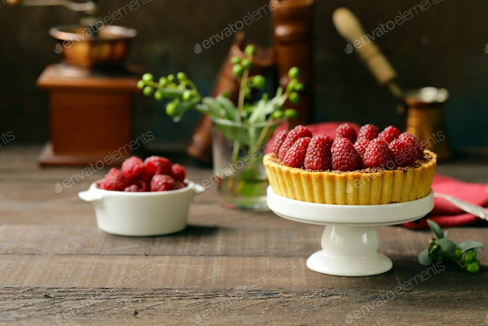Tart with Fresh Raspberries