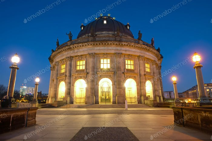 The Bodemuseum after sunset