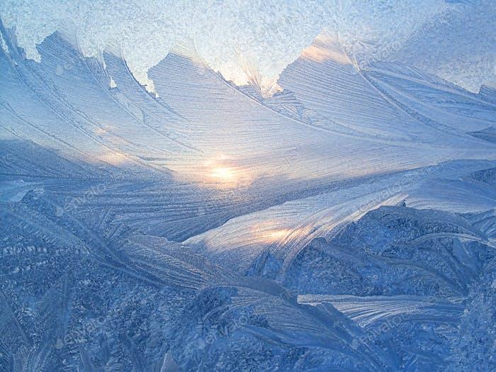 Schönes Eismuster und Sonnenlicht