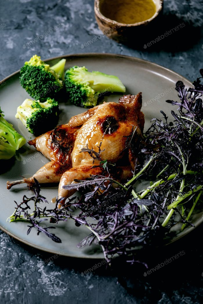 Roasted grilled quails