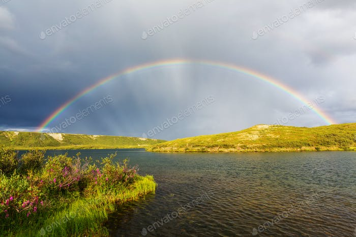 Thumbnail for Regenbogen in den Bergen